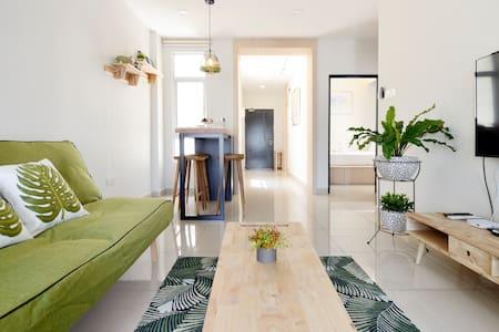 Midori Home@Austin Heights,Near AEON & IKEA TEBRAU