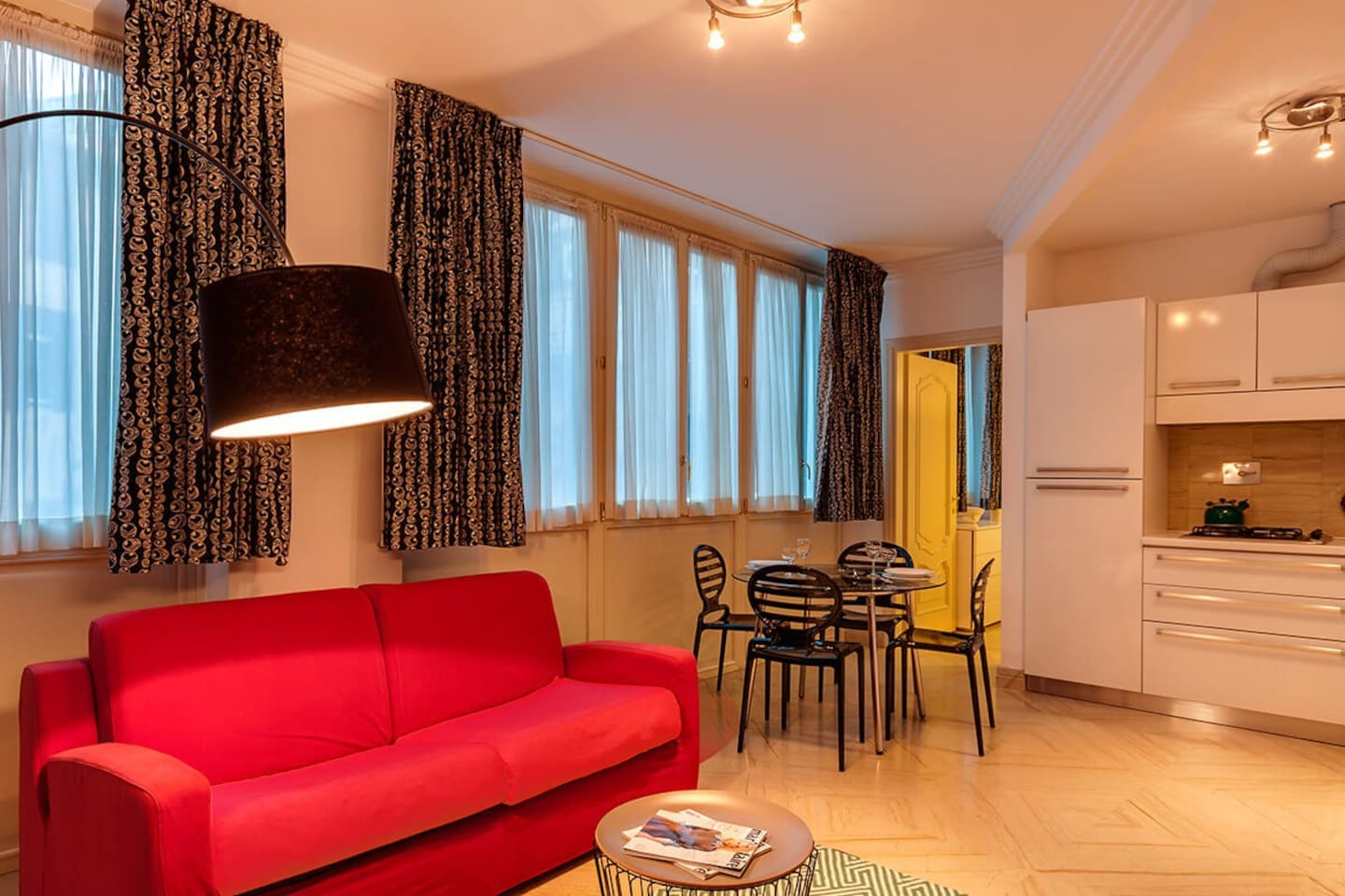 One bedroom holiday apartment close to Spanish Steps and Trevi fountain - Living room