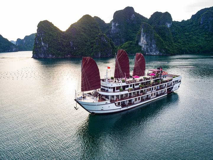 Cabins on Alisa Premier Cruise 5 star Halong bay