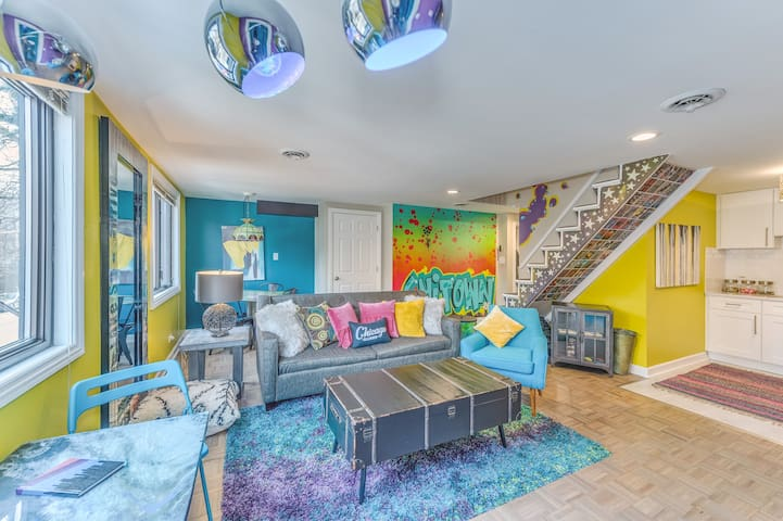 Wicker Park Graffiti Themed Loft