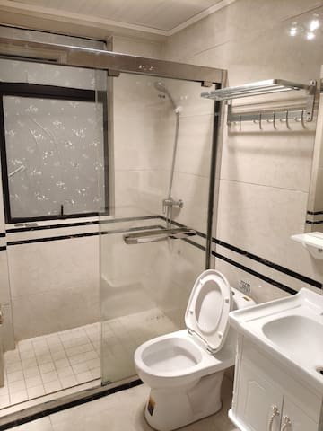 公用卫生间