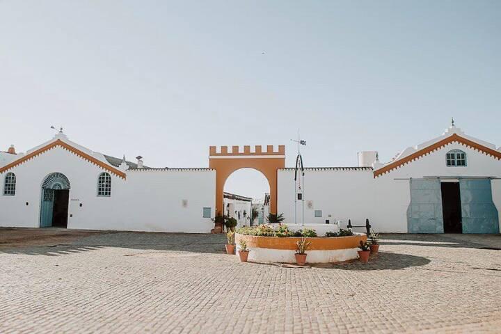 Cortijo Santa Clara (2 bungalows anexos).