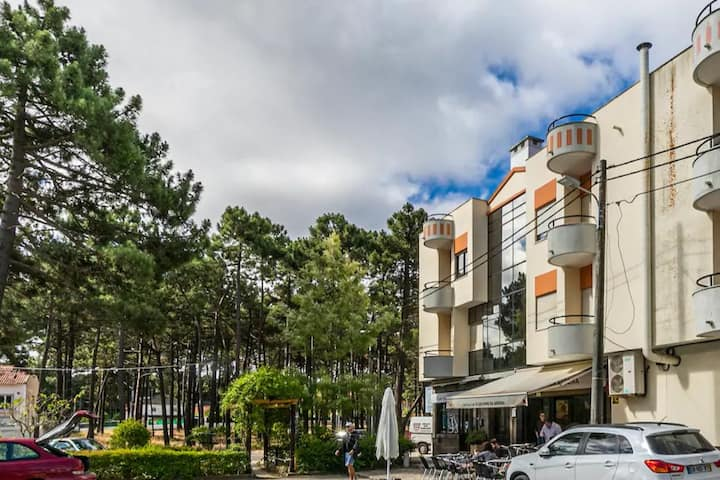 Beach, golf and surf apartment near Lisbon