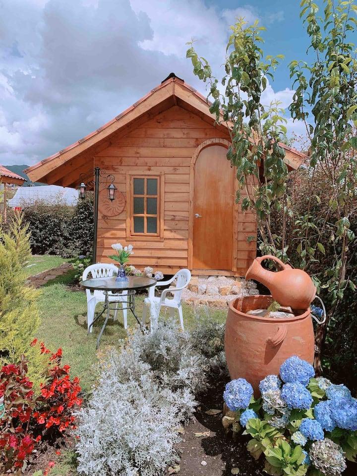 Cabaña ciruelo campestre, jardines, naturaleza