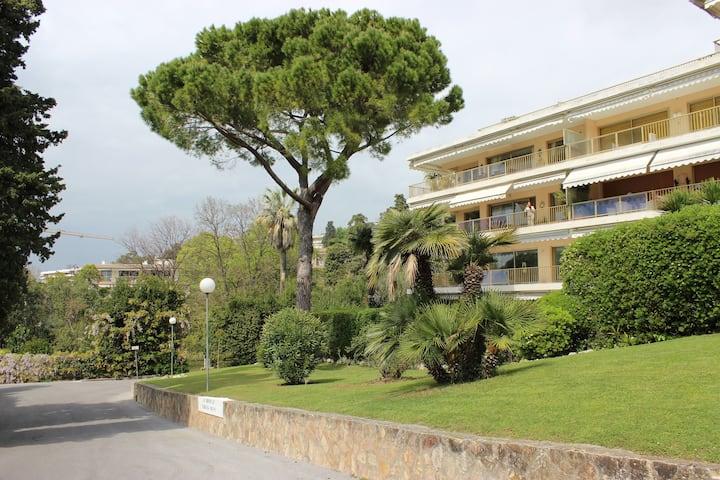 CannesStudio near Chapelle Bellini,Parc Fiorentina