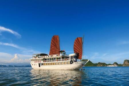 Ha Long Bay Galaxy Premium Cruise - Thành phố Hạ Long