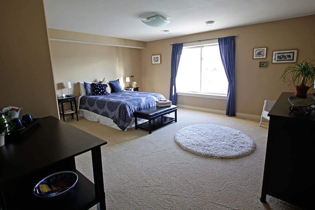 The bedroom from the doorway