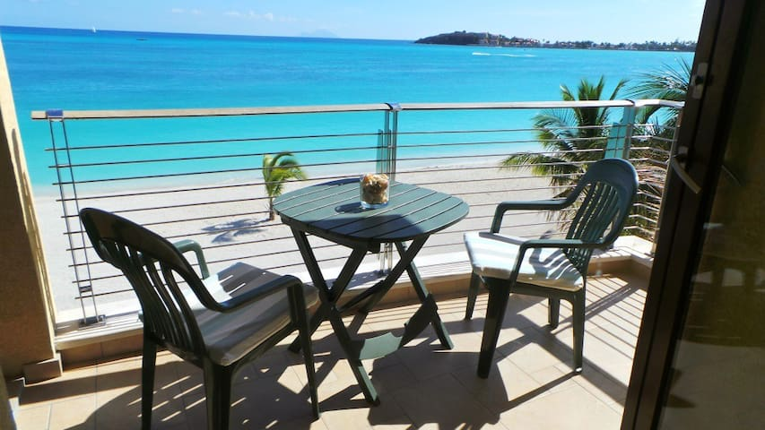 LUXURY BEACHFRONT 2 BEDROOM CONDO