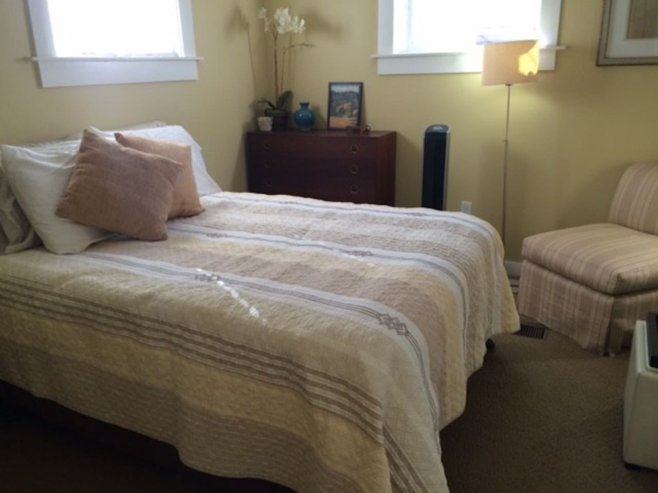 Full size mattress, plenty of pillows and blankets!  Dresser with small closet for clothes.