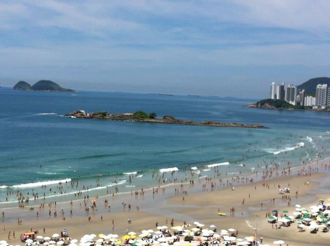 Pé na areia,Lindas vistas frente ao mar