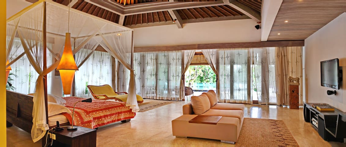 ONLY USD145/night The Luxury SUITE - green Ubud