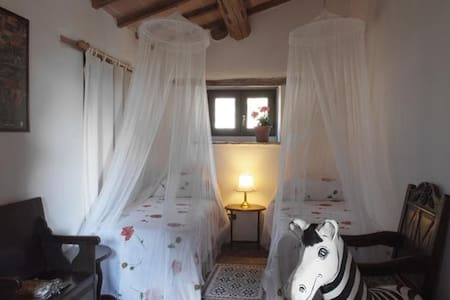 Beautiful Double in La Cantina! - Gubbio - Bed & Breakfast