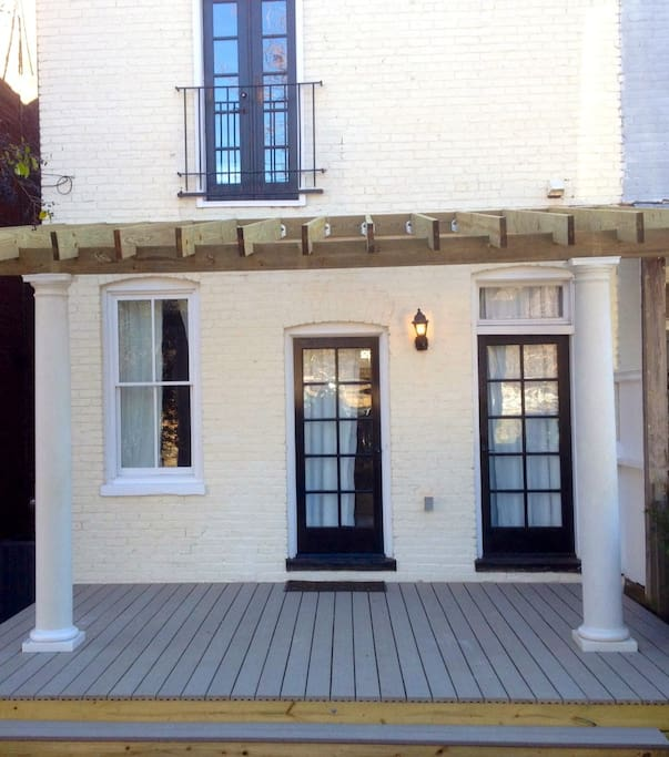 Back Houses For Rent: Carytown/Upper Fan Modern W/parking
