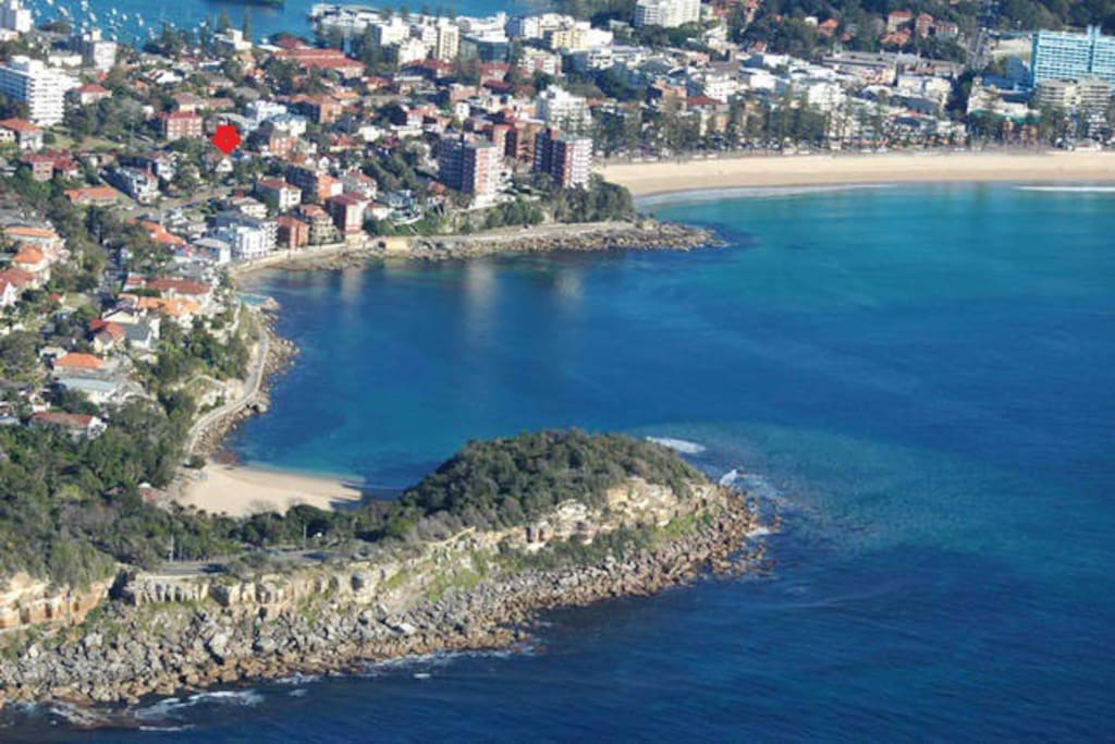 View of Bower street stretching from small Shelly beach to Manly beach.