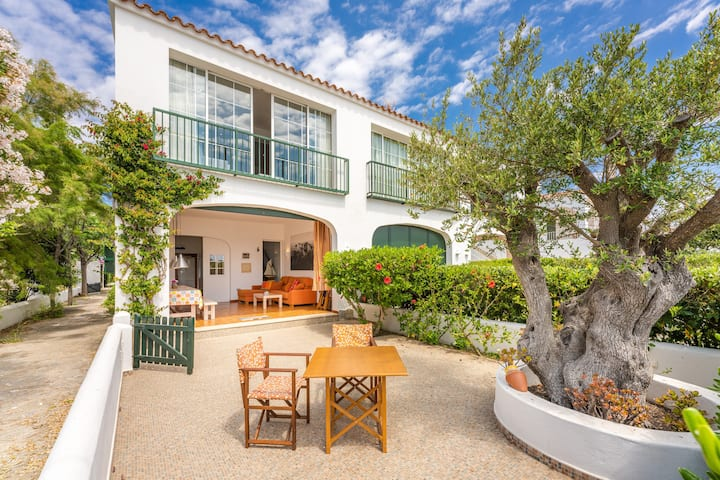 Seaside house Casa Ullastre de Fornells with Terrace & Sea view; Street Parking Available