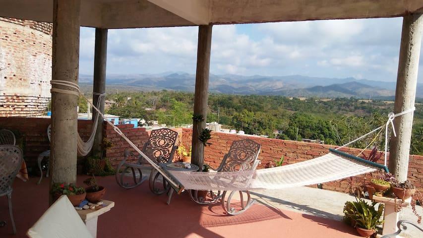 Hostal BellaVista*2 Rooms mountains and sea views