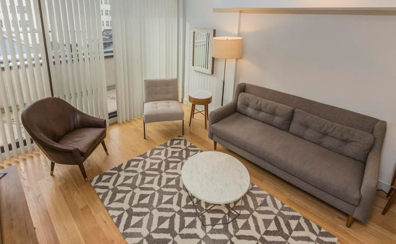 Downtown Princeton Loft Apartment - Princeton - Daire