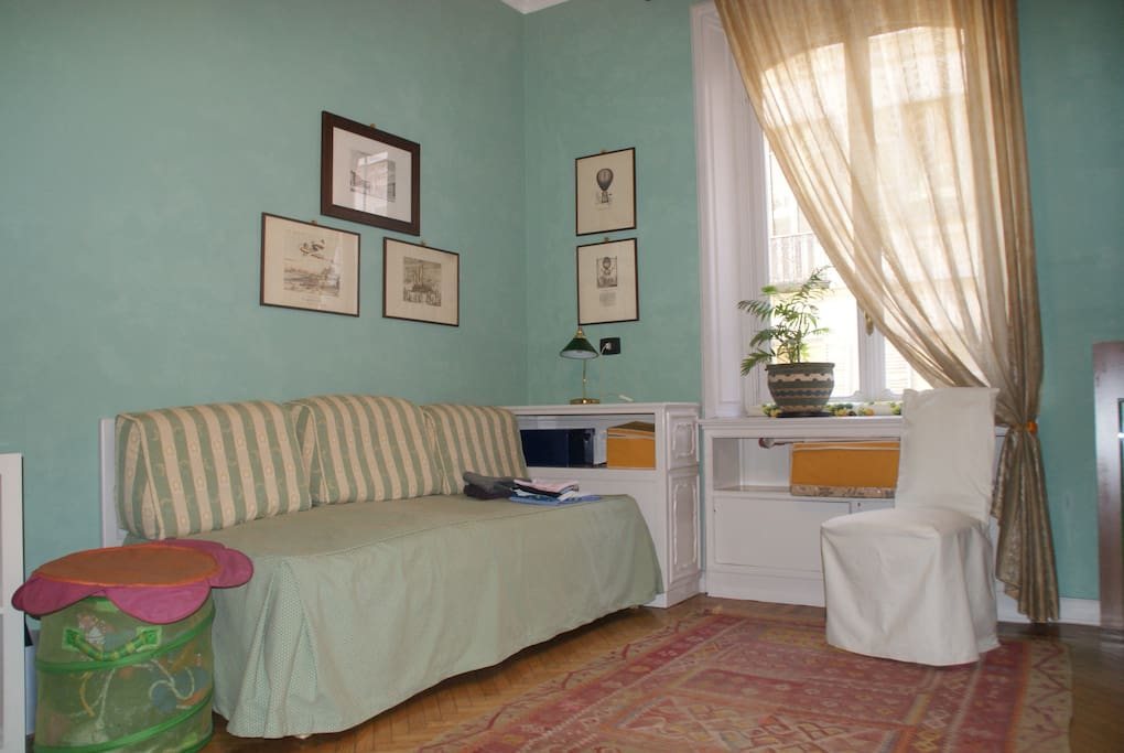 Camera singola solo periodi lunghi appartamenti in - Cuscini lunghi per letto ...