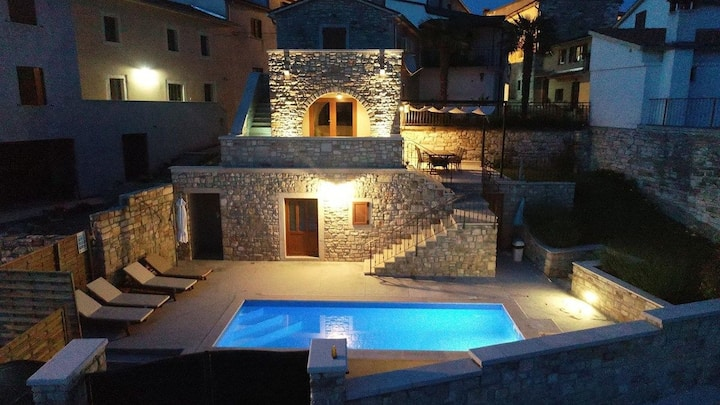 Kuća Villa Beram (73849-K1)