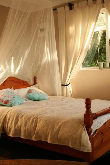 Double bed, ideal for 2 people, all bedding will be provided.