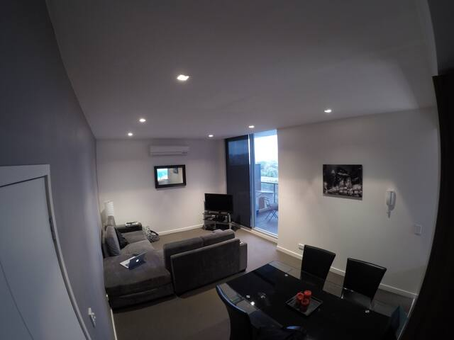 1 Bedroom Apartment, South Yarra