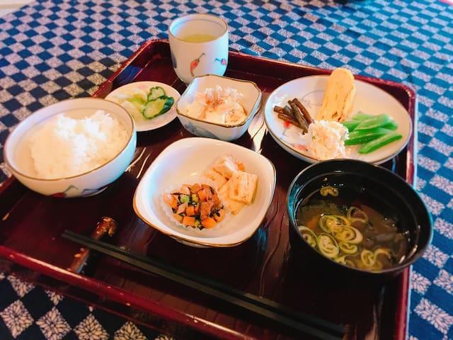 こだわり朝食付の古民家「畑暦」(黒川温泉近く