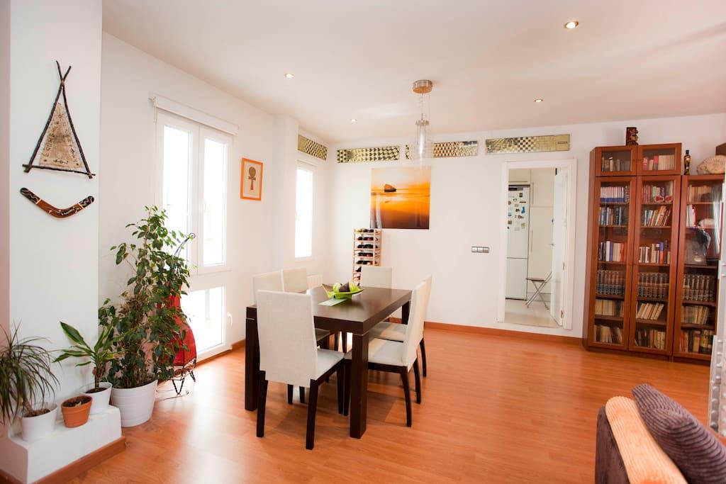 Living room: meals' corner