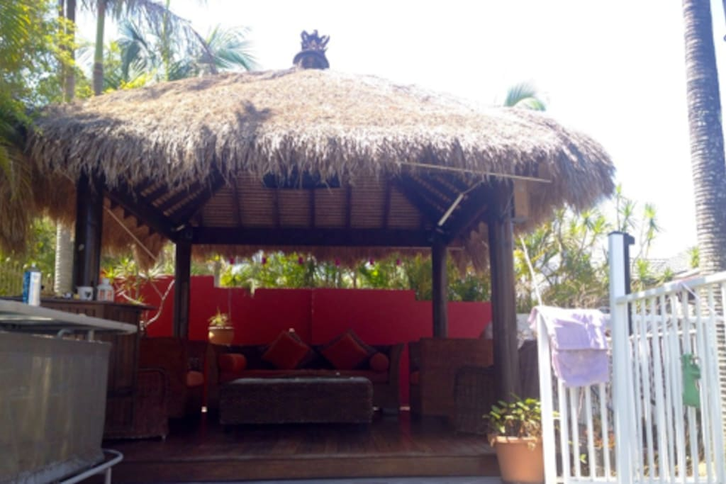 Bali Hut to Relax