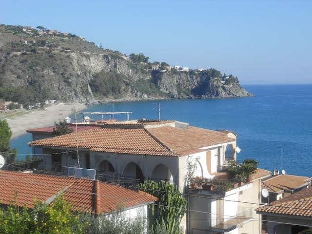 (URL HIDDEN)  -Apartments in Soverato - Caminia - Apartemen