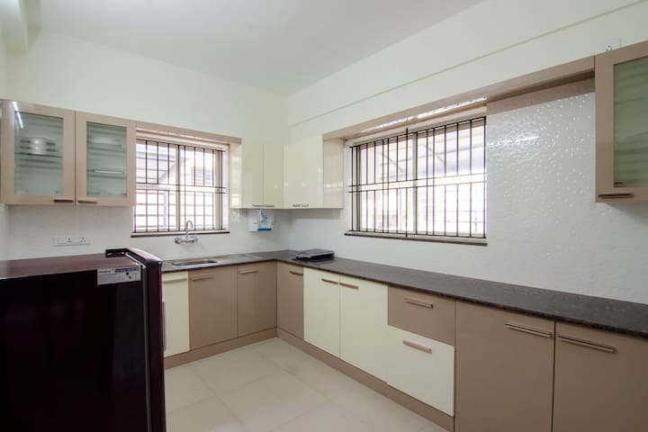 OYO-Elegant 1BR Stay near Trivandrum Airport