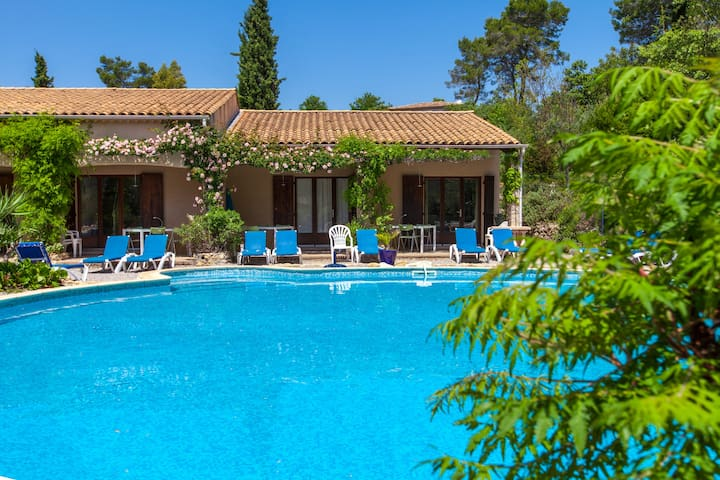 NICE HOLIDAYHOUSES FRENCH RIVIERA