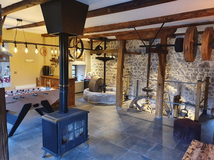 Chambre chez l'habitant dans ancien moulin du 17è.