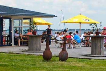 Beachvilla Balk, Friesland (8p) - Villa