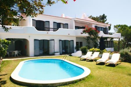 stunning luxurious villa with all around seaviews - Sesimbra
