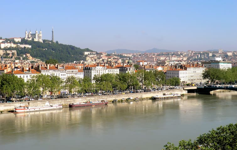 Stunning flat w/ outstanding view - Lione - Bed & Breakfast