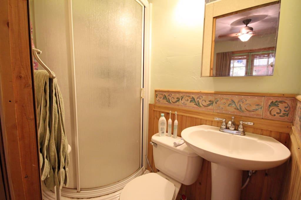 Cottage private bath