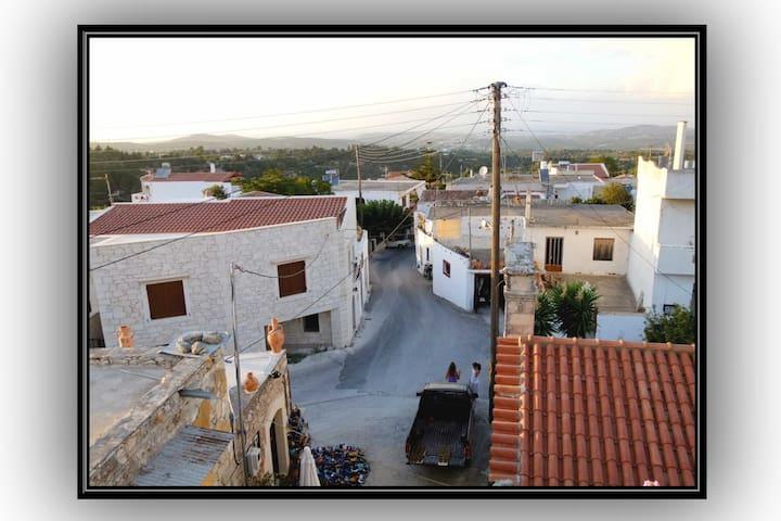 θέα προς το χωριό