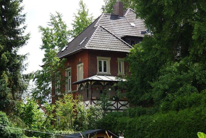 Altstadt Soest Jugendstilvilla, zentral & ruhig!! - Soest - Villa