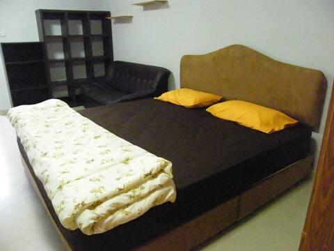 Möbliertes Zimmer in der Nähe von BTS Sai Yud