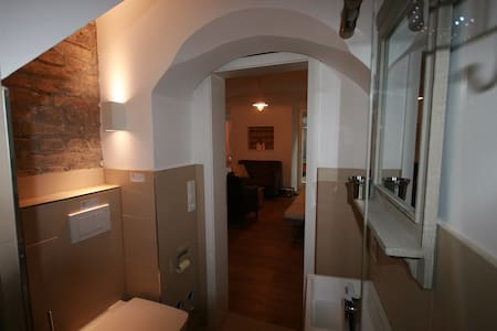 modern 2 rooms appartement, Isartor