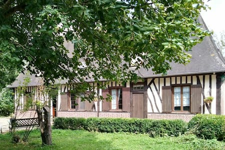 Chambre dans maison normande