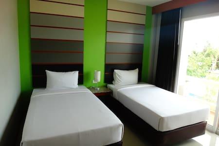 Bold Twin Room on Koh Phangan