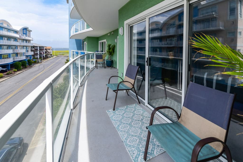 3 bed 3 bath ocean block roof pool serviced apartments Sparkling image roof exterior cleaning