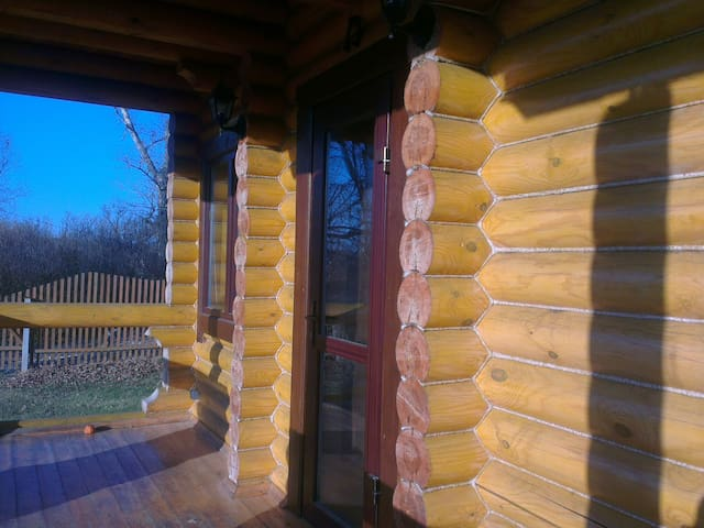 Уютный эко-коттедж вблизи г.Коломна - Гришино - Casa