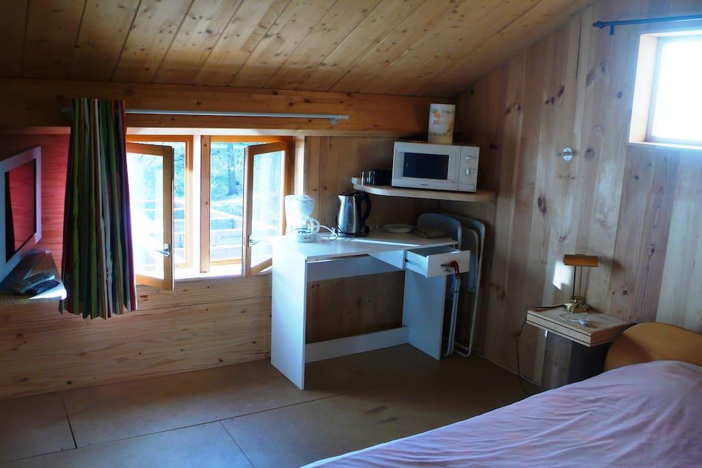 Chambre chez l 39 habitant guesthouses for rent in latour de carol languedoc roussillon france - Chambre chez l habitant barcelone ...