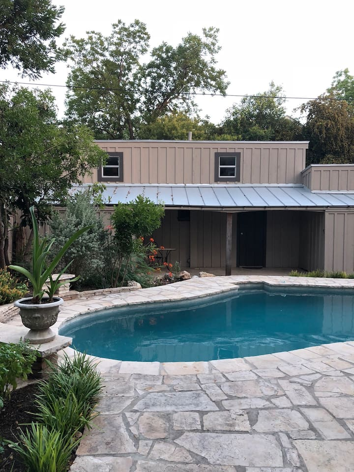 Poolside casita is relaxing and quaint