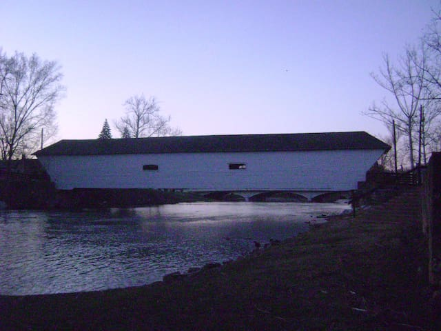 River Cottage at the Covered Bridge - Elizabethton - House