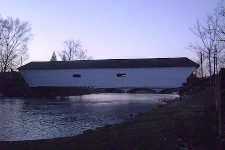 River Cottage at the Covered Bridge - House