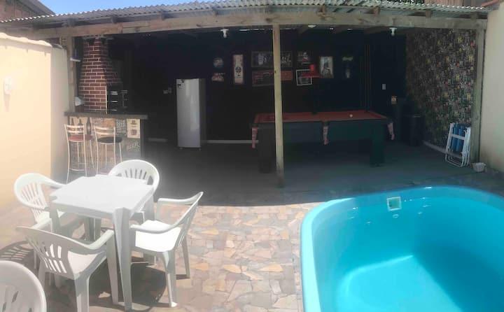 Residencial Reis ( kitnets de 25 m2 c/ piscina)