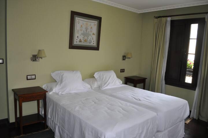 Casa Gloria Room 5
